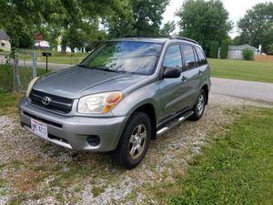 04 Toyota RAV4 for Sale in Columbus, OH