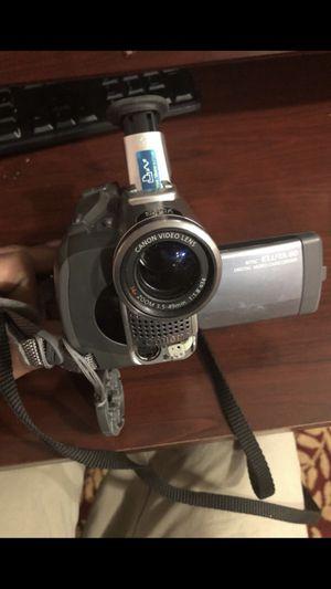 camera canon elura 60 for Sale in Hamtramck, MI