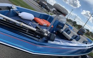 1988 bay liner bass boat for Sale in Syracuse, IN