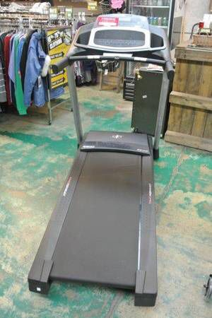 NordicTrack C500 Folding Treadmill Workout Machine iFit Compatible for Sale in Mesa, AZ