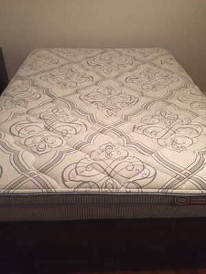 Queen firm mattress by Therapedic for Sale in CT, US