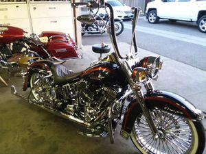 Harley Davidson motorcycle deluxe 2005 $16k for Sale in Fresno, CA