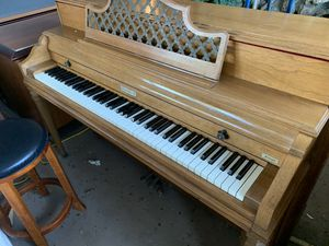Baldwin Acromatic Spinet Piano in Perfect Shape (Can Deliver) for Sale in Clearwater, FL