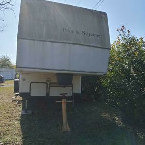 Prairie Schooner Selling As Is Read Ad For Info for Sale in Mesquite, TX