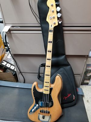 Jazz bass base guitar for Sale in New Britain, CT