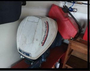Outboard evinrude 9.5hp Johnson for Sale in Hyattsville, MD
