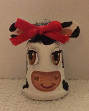 Hand Painted Cow Thimble w/ Bow for Sale in Pittsburgh, PA