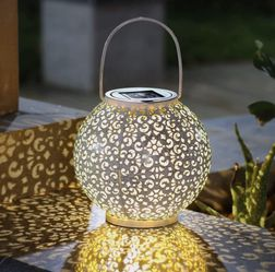 Solar Outdoor Lantern Light for Sale in Allen,  TX