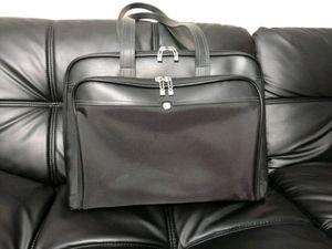 Leather Shea tote bag for Sale in Murfreesboro, TN