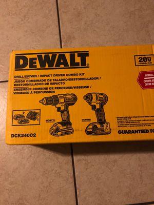 Dewalt 20v combo kit for Sale in Denver, CO