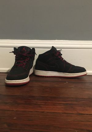 Jordan retro 1's red,black,white size 6.5 $100 for Sale in Brooklyn, OH