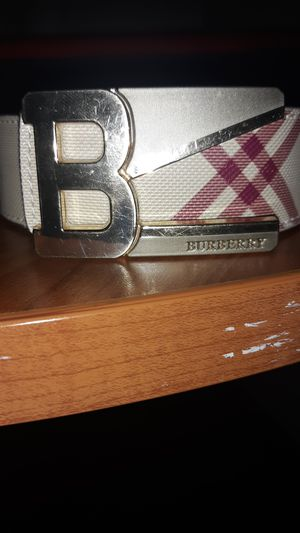 Burberry belt for Sale in Tacoma, WA