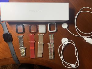 Apple Watch Series 5 GPS+Cellular for Sale in Evergreen, CO