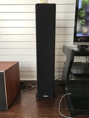 Pair of Polk audio tsi300 floorstanding speaker in cherry for Sale in Washington, DC