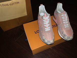 Women's Louis Vuitton Runners for Sale in Dallas, TX