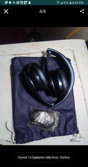 Samsung level on Pro headphones for Sale in Fresno, CA