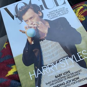 Harry Styles Magazine for Sale in Lakewood, CA