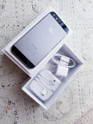 """iPhone 5S """"Factory+iCloud Unlocked Condition Excellent"""" (Like Almost New) for Sale in VA, US"""