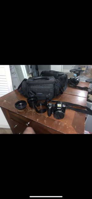 The DSC-H50 camera for Sale in Kennesaw, GA