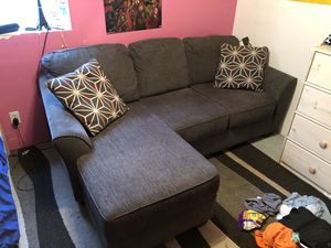 Like new couch for Sale in Canby, OR