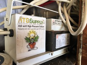 Hydro Grow Kit: Light, Ballast, Grow Tent, Res & Tray for Sale in Canoga Park, CA