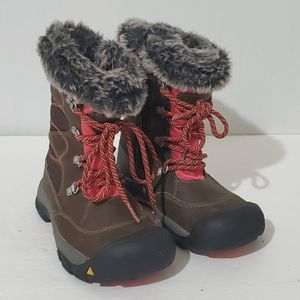 Keen Youth Winter Snow Boots Size 13 Girls Brown Pink for Sale in La Grange, IL