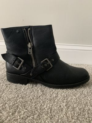Mossimo Black Ankle Boots - size 10 for Sale in Tampa, FL