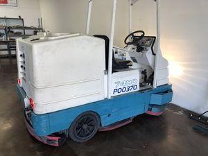 Tennant 7400 Floor scrubber for Sale in Huntington Beach, CA