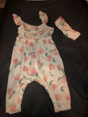 Baby girl 0-3 3-6 for Sale in San Bernardino, CA