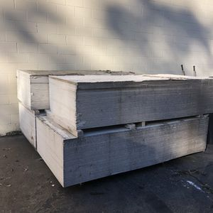 Glass Board -FREE for Sale in West Columbia, SC