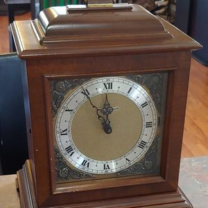Seth Thomas Vintage Electric Mantle Clock Chime Movement Model E721-001 Tested for Sale in Peoria, AZ