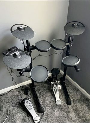 Yamaha DTX Electronic 450 Drum Set for Sale in Itasca, IL