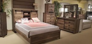 WARM DESIGN 4PC QUEEN BED DRESSER MIRROR AND NIGHTSTAND/NO MATTRESS INCLUDED for Sale in Los Angeles, CA