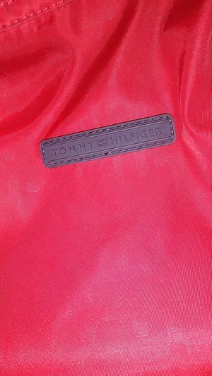 Tommy hilfiger red backpack for Sale in Phoenix, AZ