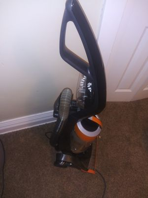 Bissell vacuum for Sale in Duluth, MN
