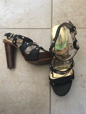 Size 6.5/7 heels for Sale in Orlando, FL