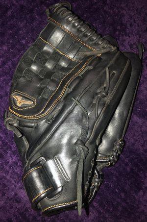 Mizuno MVP Fast Pitch Softball Glove for Sale in La Puente, CA