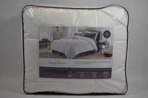 white comforter for Sale in Anaheim, CA