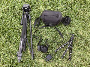 Sony A5100 digital camera for Sale in Ontario, CA