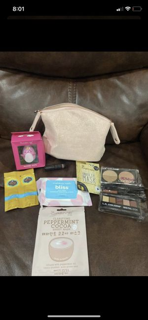 Beauty bag for Sale in Irving, TX