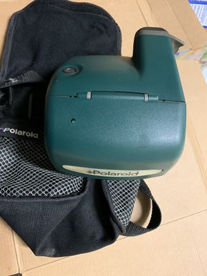 Polaroid One Step Express 600 Instant Film Camera Green + Travel bag for Sale in Lanham, MD