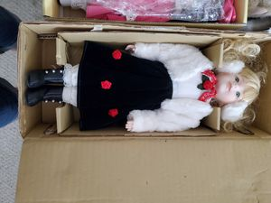 New porcelain collector doll for Sale in Royal Palm Beach, FL
