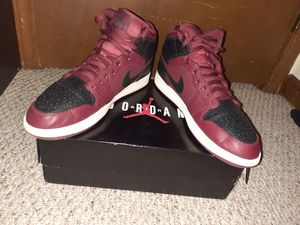 Jordan 1 Mid Reverse Bred Size 12 for Sale in West Dundee, IL