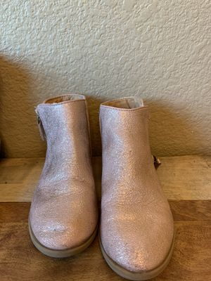 Cat and Jack girls boots size 1 for Sale in Dixon, CA