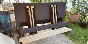 King Size Frame for Sale in Apopka, FL