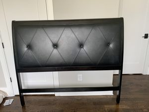 Queen headboard and bed frame for Sale in Nashville, TN