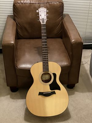 Like New - Taylor Guitar (Model No. 114e) for Sale in Rockville, MD