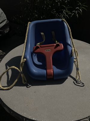 Little Tikes outdoor swing for Sale in Norwalk, CA