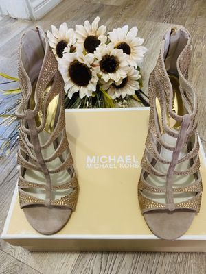 Michael Kors high heels for Sale in San Diego, CA