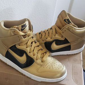 Womens Nike High Dunk for Sale in Phillips Ranch, CA